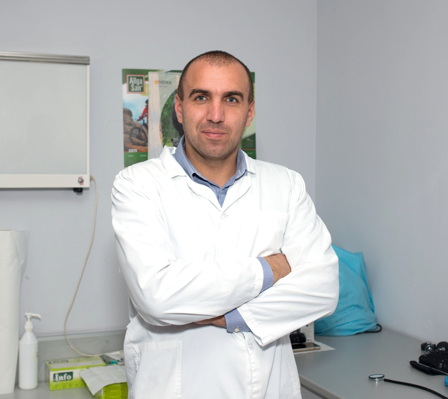 Д-р Николай Драгнев