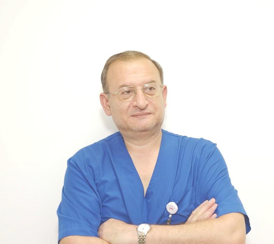 Д-р Владимир Николов