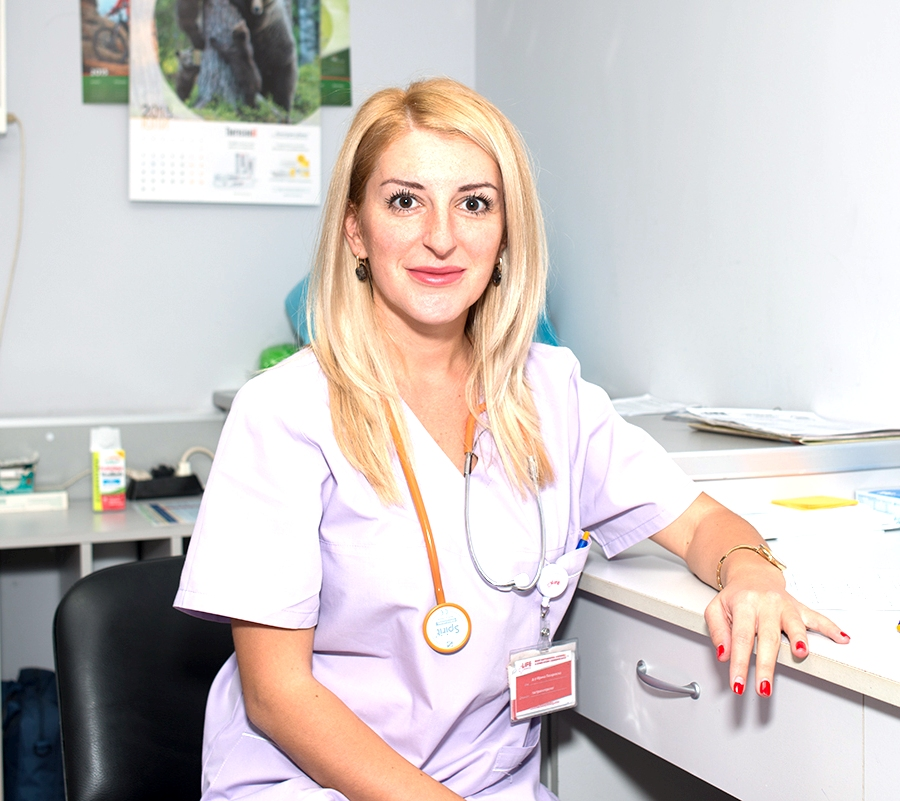 Д-р Ирина Лазаревска
